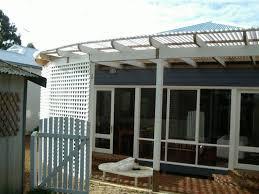 Flat Roof Pergola Plans by Pergola Roof Options Pergola Roof Designs Steel Roof Pergola