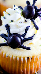 black widow spider cupcakes these spook halloween cupcakes are