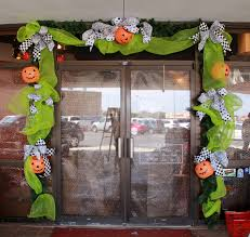 Lighted Halloween Garland by How To Decorate Show Me Decorating Page 11