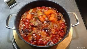 cuisiner la queue de boeuf délirant ragoût de queue de boeuf d après oliver recette par