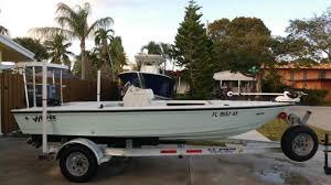2004 hewes redfisher boats for sale
