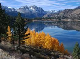 discover places witness california fall color lakes