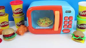 cuisine jouets comme à la maison four à micro ondes jouet play doh cuisine jouet