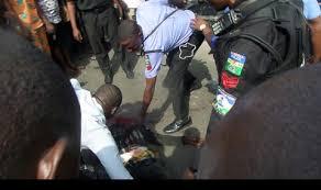 bureau de change 2 robbers invade lagos bureau de change kill 2 operators youths