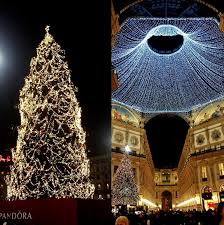 beautiful christmas trees around the world this spectacular christmas tree is decorated with pandora jewelry the architecture of the duomo really brings out the tree