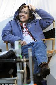 Hawaii Chair Ellen Ellen Page On Set Of Freeheld While Cosying Up To Crew Member