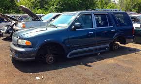 Lincoln Navigator 2015 Interior Junkyard Outtake 1998 Lincoln Navigator U2013 Like A Bomb Went Off