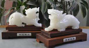 pixiu statue white jade carved evil spirits beast