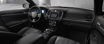 2017 Chrysler 300 Interior Features