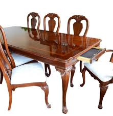 Queen Anne Dining Room Furniture by Cherry American Drew Queen Anne Dining Table And Chairs Ebth