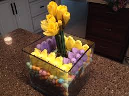 Easter Decorations Using Peeps by Easy Diy Spring Centerpiece With Easter Candy