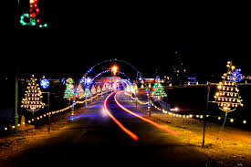 must see holiday light shows across north carolina