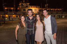 team scott 2 area designers help u0027property brothers u0027 redo homes