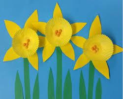 mini cupcake daffodils daffodils craft and general crafts