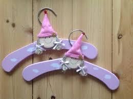 bad mit holz 2 kleiderbügel kinder holz 2 stück neu rosa in schleswig holstein