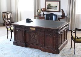 Resolute Desk Reproduction Of Us President U0027s Resolute Desk In Mahogany 1