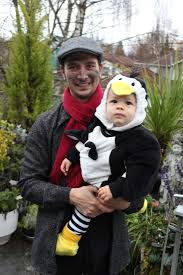 Family Halloween Costumes With A Baby Mary Poppins Phone Home An Et And Mary Poppins Filled Halloween