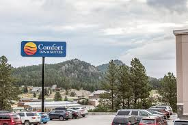 Comfort Inn And Suites Rapid City Sd Comfort Inn Hotels In Rapid City Sd By Choice Hotels