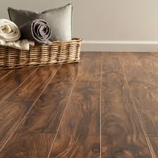 Laminate Floor End Cap Free Samples Toklo Laminate 8mm Equestrian Collection Cleveland Bay