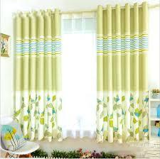 rideau fenetre chambre rideaux pour fenetre de chambre rideau pour chambre jaune rideau