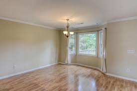Laminate Flooring Wilmington Nc 717 Grey Squirrel Drive Wilmington 28409