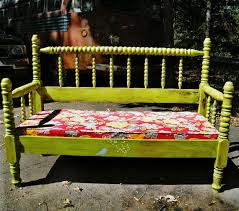 Upcycled Ideas - 32 new upcycled diy ideas for old headboards