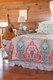 colorful bedroom with jeweled damask quilt creative cain cabin