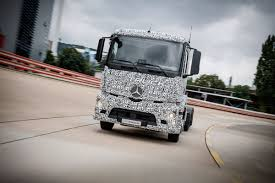 electric company truck mercedes benz created a heavy duty electric truck for making city