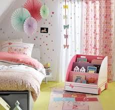 coin lecture chambre aménagez un coin lecture dans la chambre de votre enfant