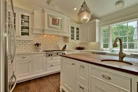 Setting A Subway Tile Kitchen Backsplash Latest Kitchen Ideas - Subway tile in kitchen backsplash