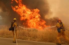 Wildfire California 2016 by Hundreds Of Homes Threatened By California Wildfires Al Jazeera