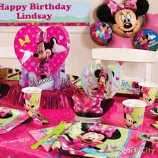 minnie mouse place setting idea party city