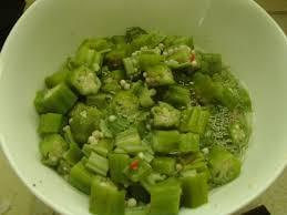 cuisiner des gombos le calou ou gombo recette du calou de guyane et de la salade de