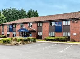 Closest Hotel To Six Flags New England Travelodge Droitwich Hotel Droitwich Hotels