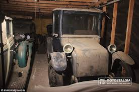 Vintage Cars Found In Barn In Portugal Five Perfectly Preserved Cars Worth 700k Found Inside Texas Barn