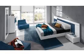 chambre bleu et blanc chambre a coucher adulte design élégant cuisine chambre ã coucher