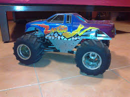 bigfoot remote control monster truck home build solid axles monster truck using 1 8 transmission r