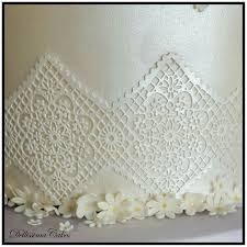 hessian u0026 lace wedding cake retford wedding cakes u2014 dellissima cakes