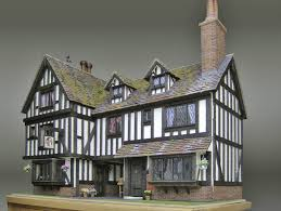 what makes a house a tudor dolls house gallery