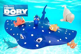 finding dory ray 3 1 swigglefish dory nemo marlin bailey