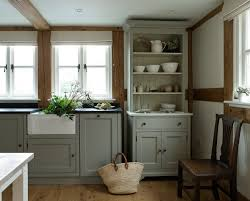 for emilie looking at images of grey cabinets most people pair