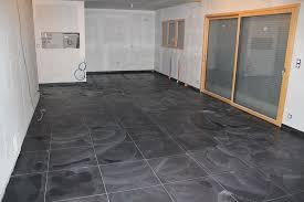 cuisine carrelage gris peinture avec carrelage gris couleur carrelage cuisine