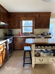 best way to paint pine kitchen cabinets how to paint pine cabinets