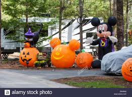 pumpkins and mickey mouse halloween decorations in fort wilderness