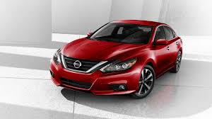 nissan altima apple carplay comparing the 2017 honda accord and nissan altima