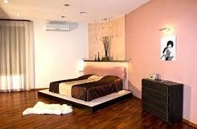 peinture pour une chambre à coucher peinture pour chambre a coucher deco peinture chambre coucher on