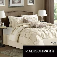 bed pillow ideas furniture decor bedroom bed pillow set 59 best stuff to buy images