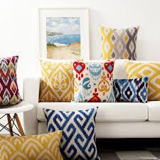 canap asiatique simple sud est asiatique couleur texture geomet taie d oreiller