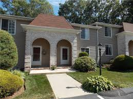 Providence Hill Townhomes Columbia Mo by 20 Hawthorne St North Providence Ri 02904 Mls 1162949