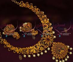 nl12928 fashion jewellery matte gold finish broad floral design